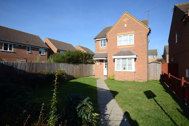 Thumbnail Detached house to rent in Copse Close, Cippenham, Slough