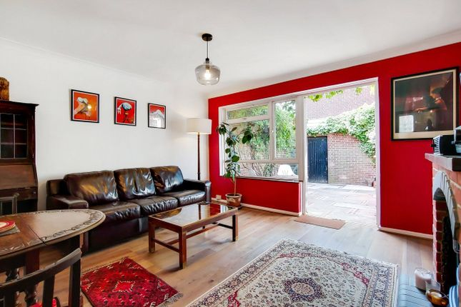 Thumbnail Bungalow for sale in Roxwell, Hartland Road, London