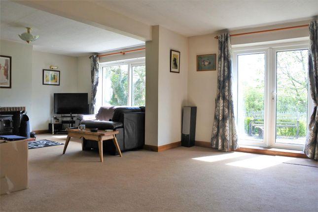 Lounge of Dallygate, Great Ponton, Grantham NG33
