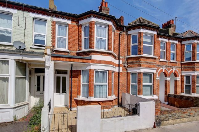 Thumbnail Flat to rent in Quicks Road, London