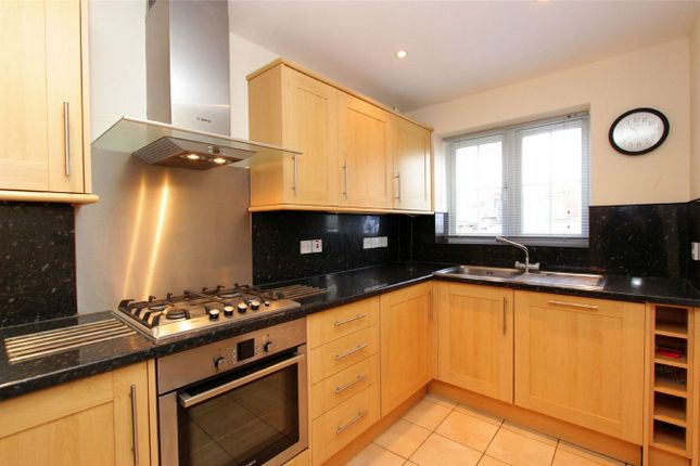 Thumbnail Semi-detached house for sale in Popes Road, Abbots Langley, Hertfordshire