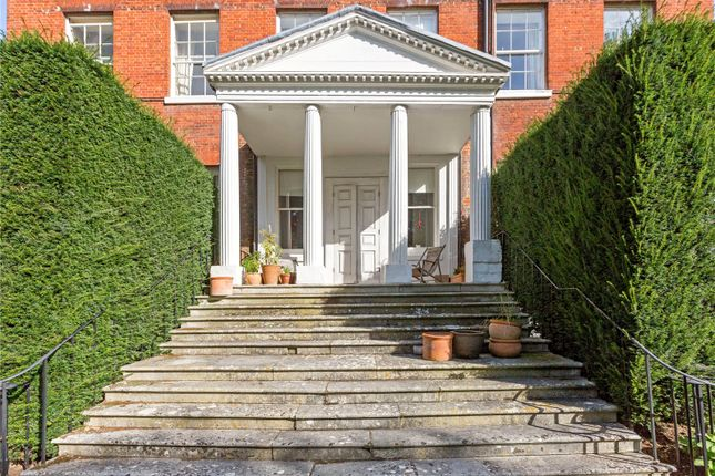 Picture No. 09 of Ray Lodge, Ray Park Avenue, Maidenhead, Berkshire SL6