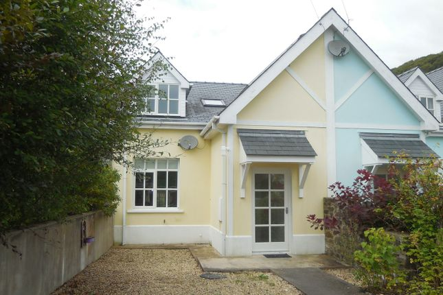 Thumbnail Terraced house for sale in Cwrtnewydd, Llanybydder