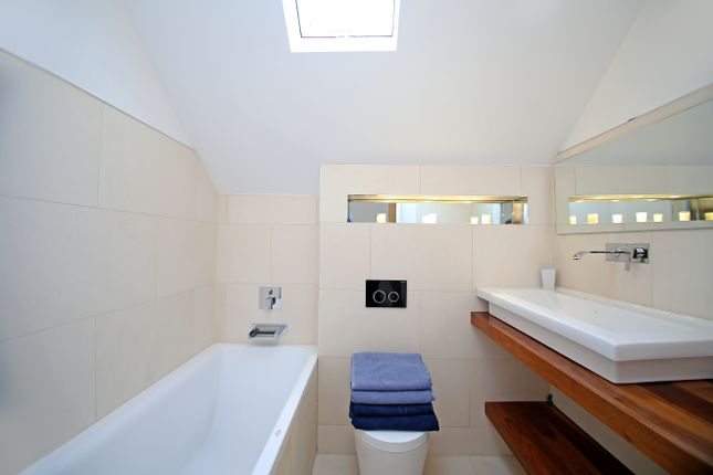 Thumbnail Semi-detached house to rent in Station Road, South Cerney, Gloucestershire