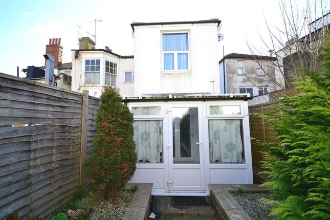 Thumbnail Property to rent in Bourne Street, Eastbourne