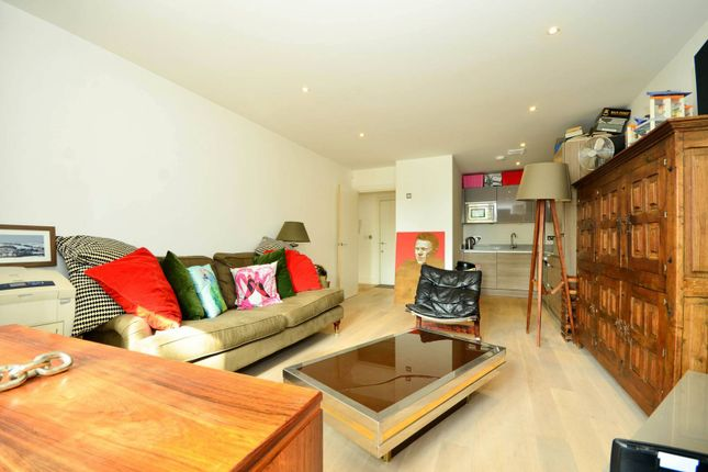 Thumbnail Flat for sale in Chevening Road, Queen's Park