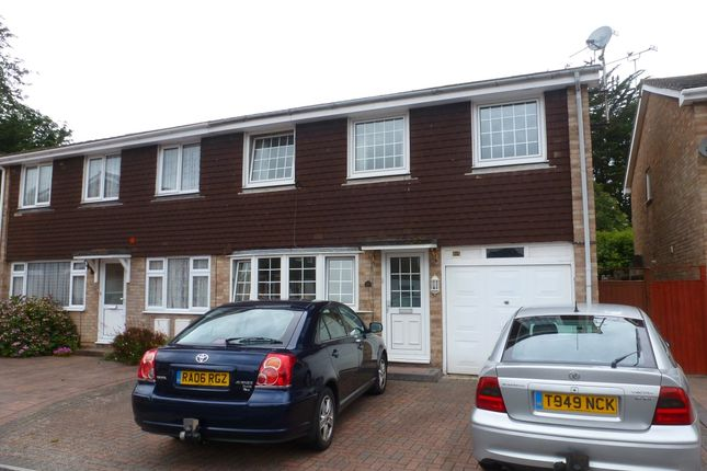 Thumbnail Semi-detached house to rent in Whitecross Gardens, Portsmouth