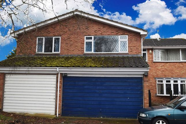 Thumbnail Shared accommodation to rent in Sickleholm Drive, Stoneygate