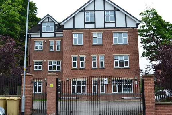 Property to rent in Albert Road, Bolton