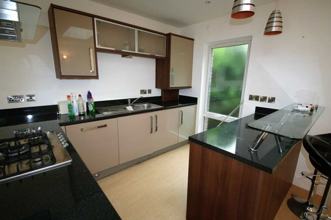 Thumbnail Property to rent in Glen Morag Gardens, Rochdale