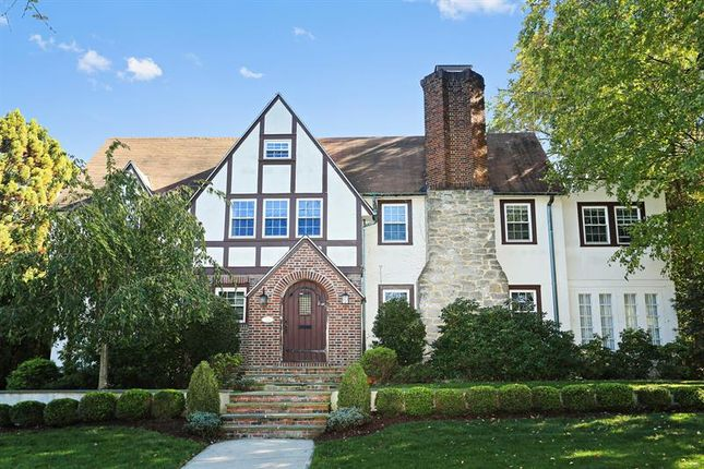 Thumbnail Property for sale in 11 Club Way Hartsdale, Hartsdale, New York, 10530, United States Of America
