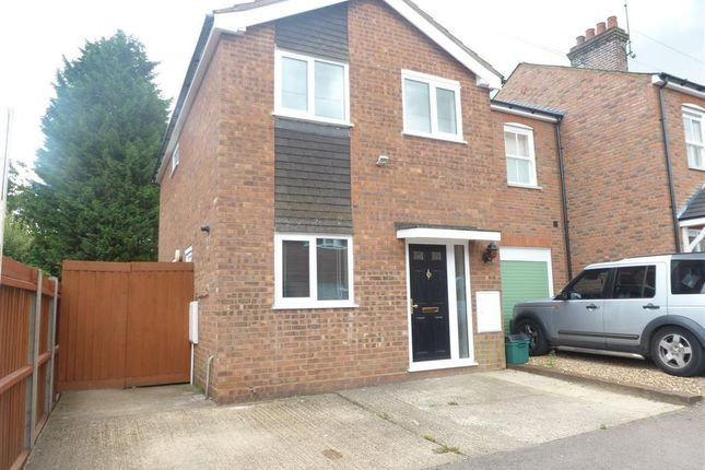 Thumbnail Detached house to rent in Coleswood Road, Harpenden