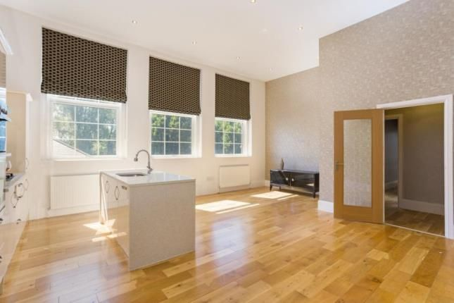 2 bed flat for sale in Rose Court, Gander Lane, Tewkesbury, Gloucestershire GL20