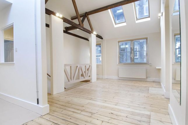 1 bed flat to rent in Browning Mews, Marylebone, London