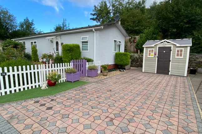 Thumbnail Mobile/park home for sale in Woodlands Residential Park Quakers Yard, Treharris