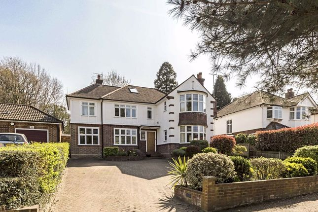 Thumbnail Detached house to rent in Woodlands Road, Surbiton