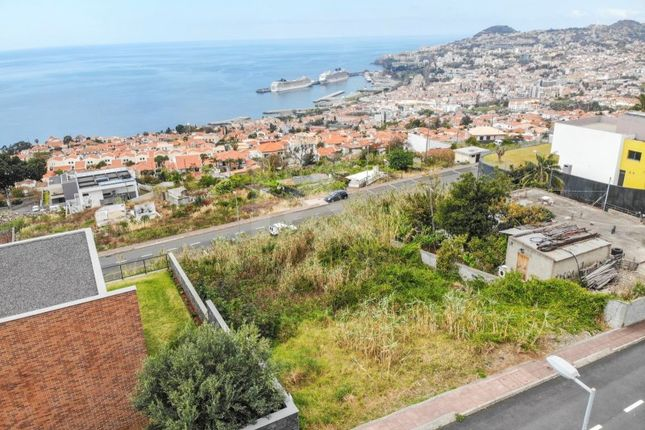 Land for sale in R. Do Alto, 9060-173 Funchal, Portugal