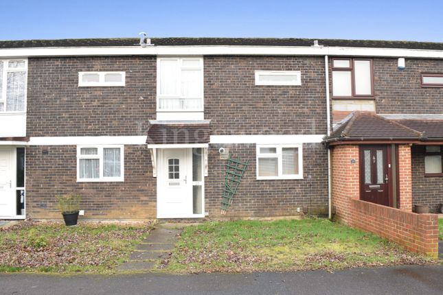 Thumbnail Terraced house for sale in Dordells, Lee Chapel North