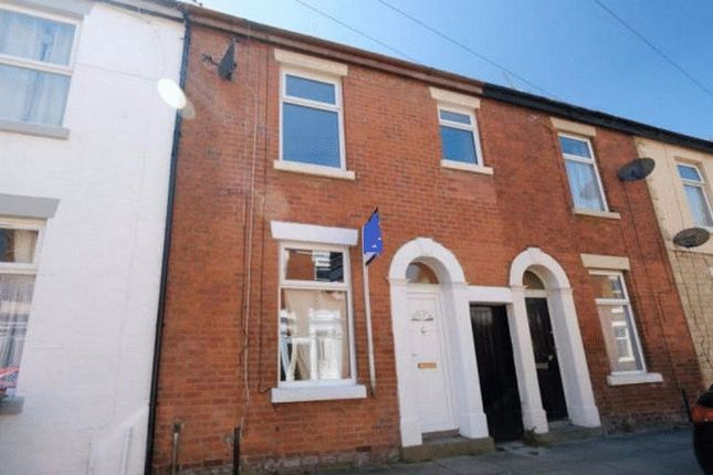 2 bed terraced house for sale in Lowndes Street, Preston
