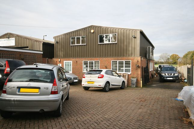 Office to let in Botley Lane, Chesham