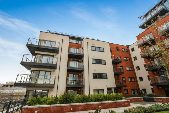 Thumbnail Flat for sale in Ocean Way, Ocean Village, Southampton