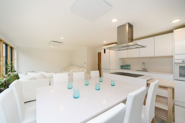 Thumbnail Flat for sale in North Lane, Newhaven