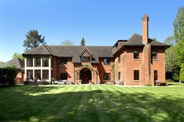 Thumbnail Detached house for sale in Westfield Road, Beaconsfield