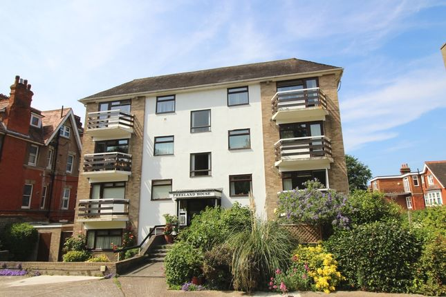 Thumbnail Flat to rent in Silverdale Road, Lower Meads, Eastbourne
