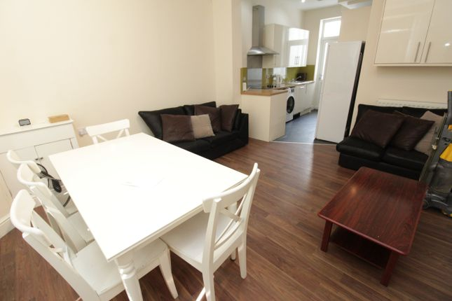 Thumbnail Property to rent in Mackintosh Place, Roath, Cardiff