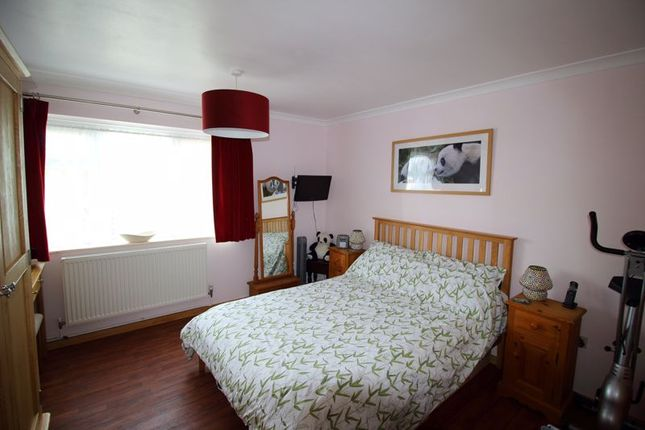 Double Bedroom of Coulsdon Road, Caterham CR3