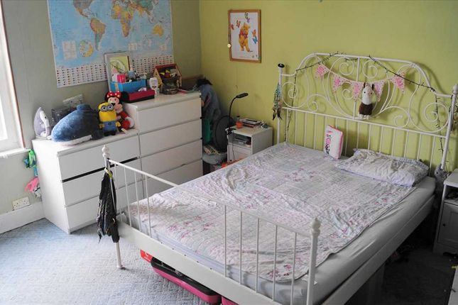 Master Bedroom of Sabell Road, Smethwick B67