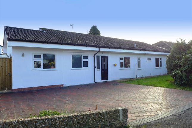 Thumbnail Detached bungalow for sale in Ashley Road, Hildenborough, Tonbridge