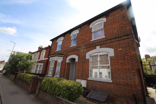 Thumbnail Studio to rent in Walsworth Road, Hitchin