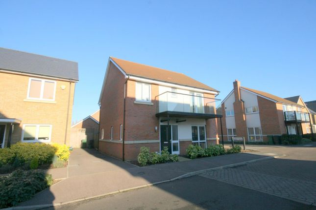 Thumbnail Detached house to rent in Parkview Way, Epsom