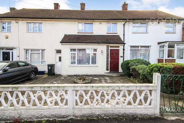 Thumbnail Terraced house for sale in Doubleday Road, Loughton