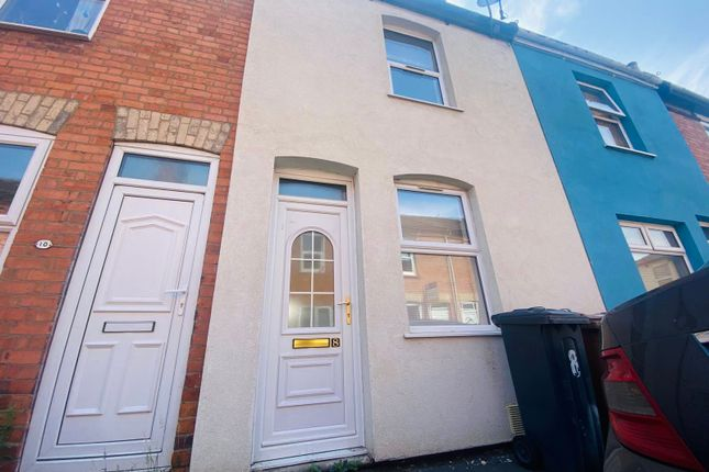 3 bed terraced house to rent in St. Andrews Place, Lincoln LN5