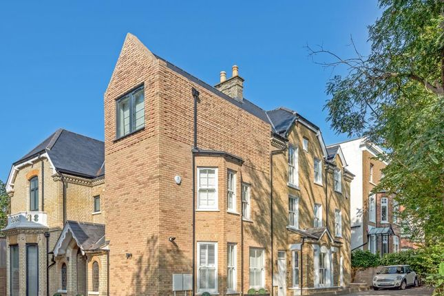 Thumbnail Terraced house for sale in Eastern Road, East Finchley