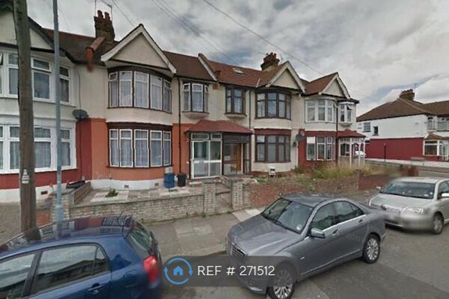 Thumbnail Flat to rent in Cowely Road, Ilford