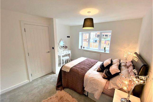 Main Bedroom of Rae Place, Coleshill Road, Nuneaton, Warwickshire CV10