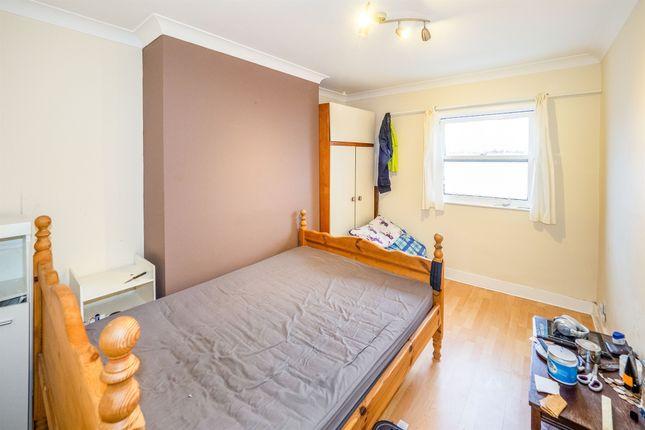 Flat for sale in Rusina Court, Ranelagh Terrace, Leamington Spa