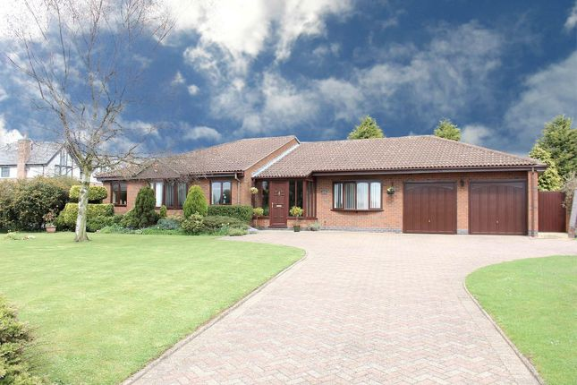 Thumbnail Detached bungalow for sale in Nuneaton, Warwickshire