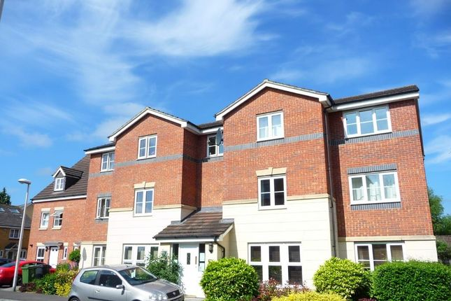 Thumbnail Flat to rent in Martingale Chase, Newbury