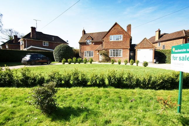 Thumbnail Cottage for sale in New Road, Hartley Wintney