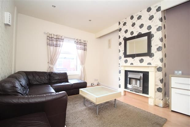 Thumbnail Flat to rent in 59 St Albans Road, Blackpool