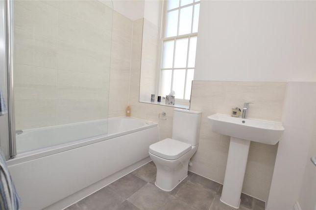 Bathroom of The Hamptons, Cotford St. Luke, Taunton, Somerset TA4