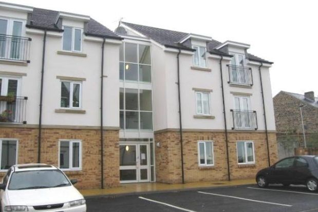 2 bed flat to rent in Weston View, Crookes