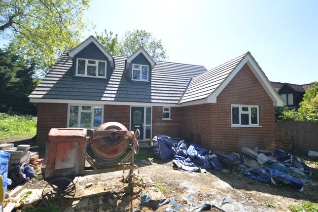 Thumbnail Detached house for sale in Bowling Green Lane, Luton