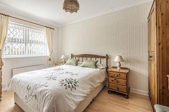 Bedroom of Broom Field, Lightwater GU18