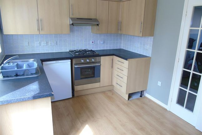 Thumbnail Property to rent in Rhos Y Dderwen, Highfields, Blackwood