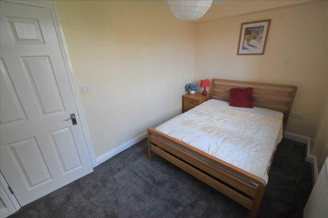 Room to rent in Phoenix Place, Dartford DA1